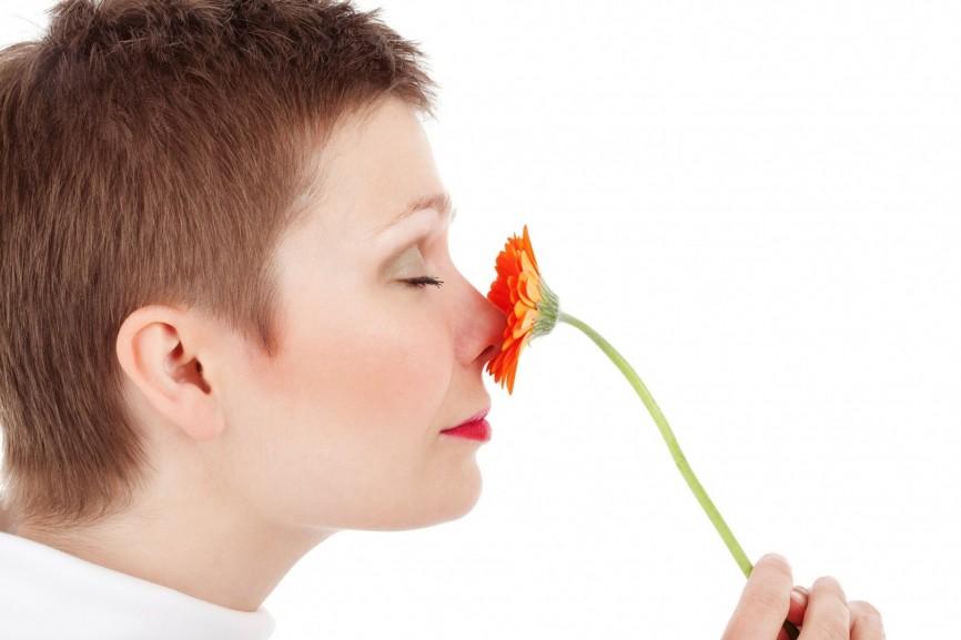 Dlaczego nowy materac ma specyficzny zapach?